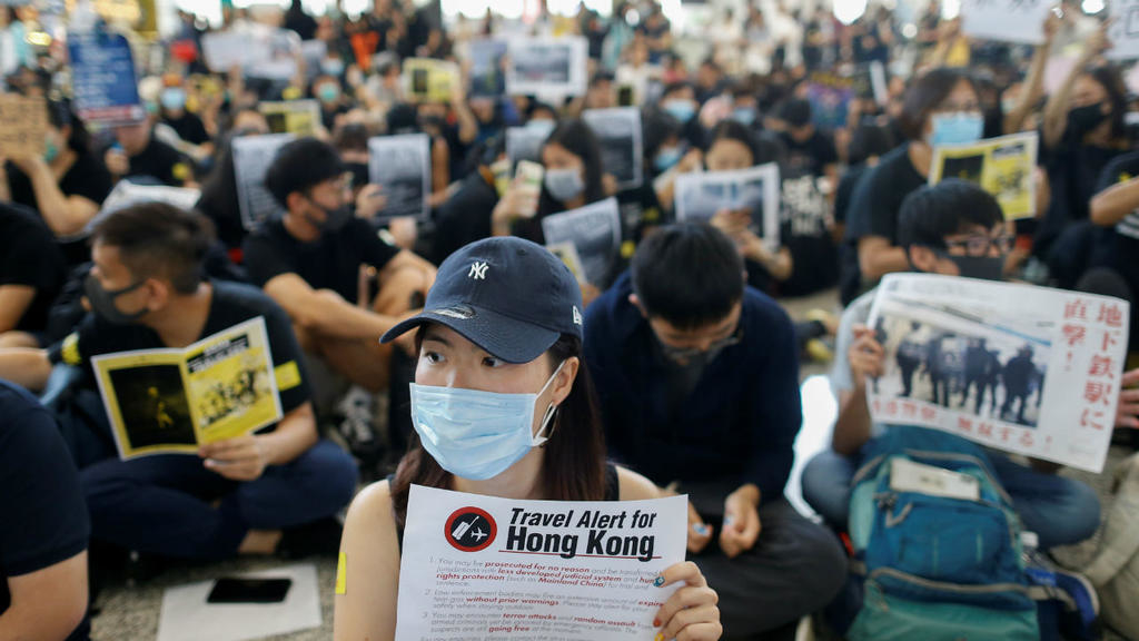 No end in sight as protesters plan to March on in Hong Kong